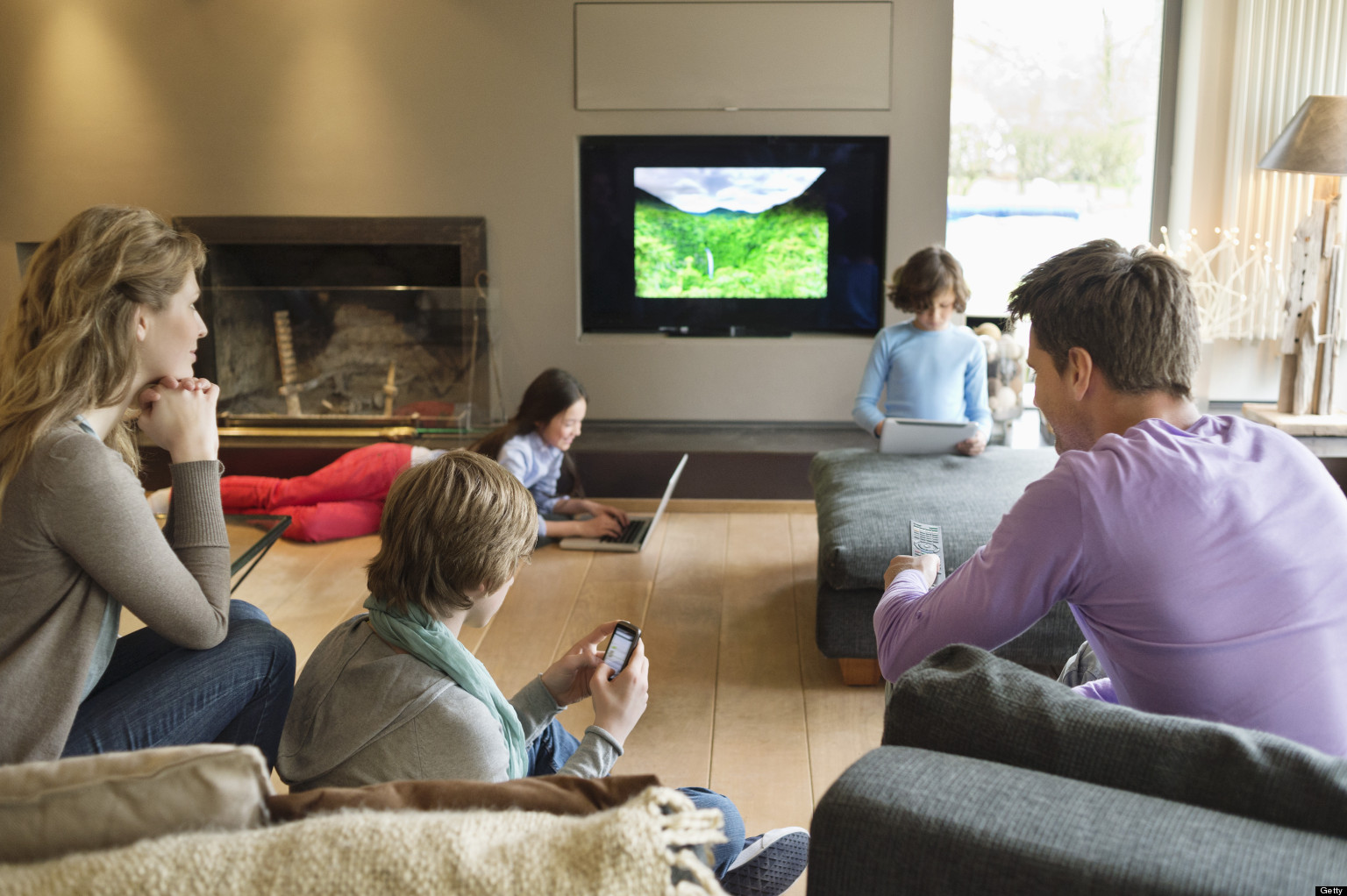 effects of televison on the modern The bottom line: limit tv and sit time, increase fit time to prevent obesity overall, there is little doubt that time spent watching tv is an important risk factor for obesity-and a modifiable risk factor.